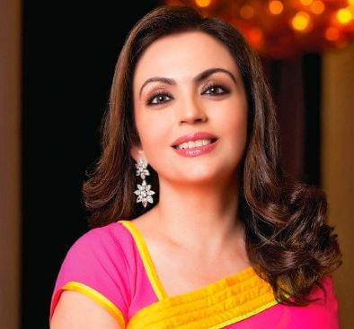 50 nita ambani pic for whatsapp DPs (1)
