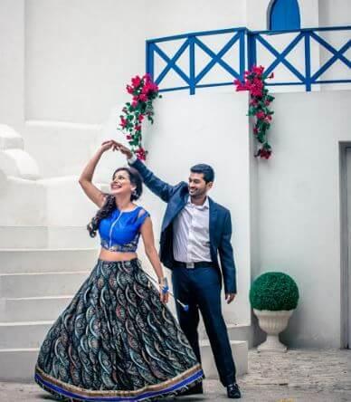 pre wedding pose 2018-19 (1)