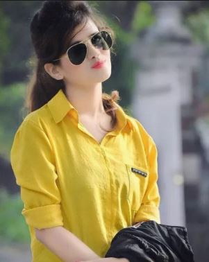 6. stylish girl pic new for whatsapp