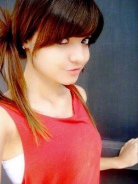 62 cute girl whats app dp (1)