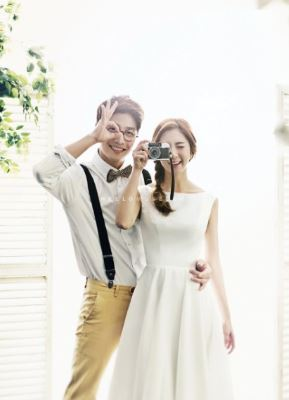 68 wedding photogrsphy - white dress