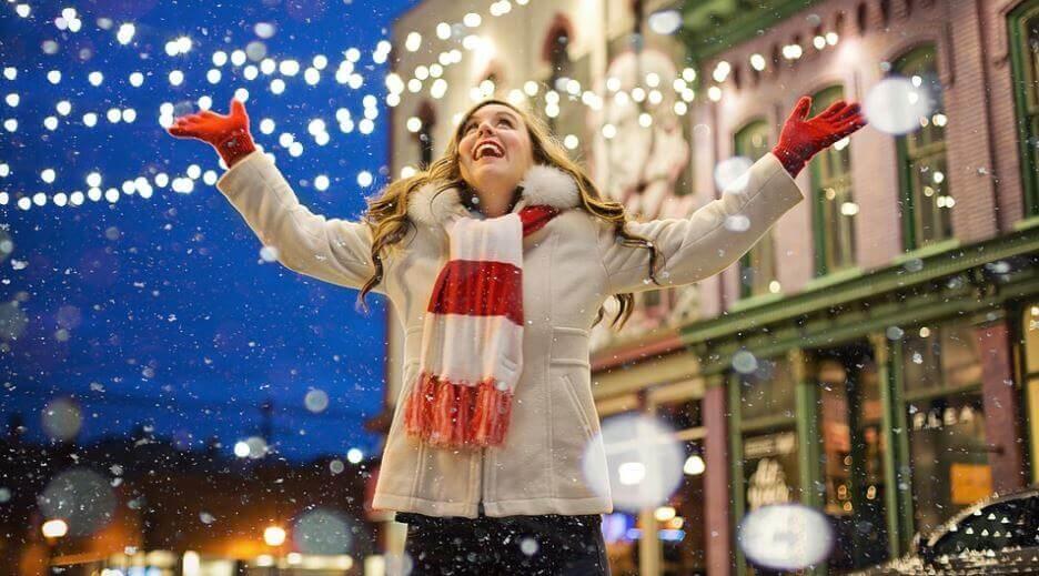 3. cute girl Christmas image (1) (1)