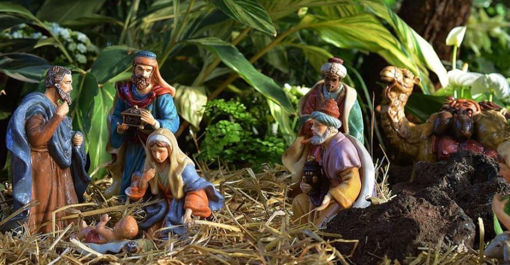 9. Jesus Photo (1)