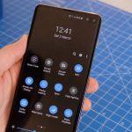 Dark mode on Samsung Galaxy S10 Plus, Samsung Galaxy S10 and S10e