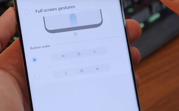 Full Screen Gesture on Samsung Galaxy S10 Plus Galaxy S10 and Galaxy S10e